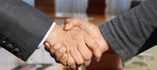 Apmeklē apmācības un uzlabo savas pārdošanas prasmes